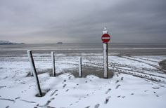 Snowy Weston-super-Mare beach. Picture by Roger Fry.