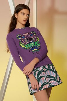 Tiger sweatshirt and palm tree skirt, Kenzo Fashion Brand, Style Fashion, Kenzo, Passion For Fashion, Ready To Wear, Sweaters For Women, Graphic Sweatshirt, Clothes For Women, Sweatshirts