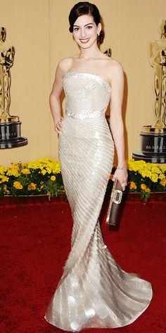 The Most Breathtaking Oscars Gowns - ANNE HATHAWAY, 2009 Anne Hathaway glowed like a pearl in Giorgio Armani.