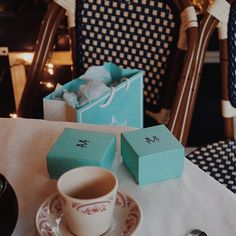 Afternoon tea  . . . . #jewelgram #tea #cafe #jewel #luxury #beauty #beautiful #vsco #iphone #handmade #instamood #instadaily #sf #SanFrancisco #design #lookbook #fblog #fblogger #blog #bestofvsco #thatsdarling #dearmissj #photoshoot #ootd #jotd #outfitoftheday #styling #쥬얼리