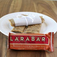"homemade lara bars, so easy! Great for ""On-the-go"" snacking Healthy Treats, Healthy Drinks, Whole Food Recipes, Snack Recipes, Bar Recipes, Healthy Recipes, Homemade Larabars, Lara Bars, Yummy Food"