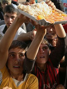 Children forced to DRINK PARENTS BLOOD in Yazidi exodus - Middle East - International - News - Catholic Online - 14 August 2014