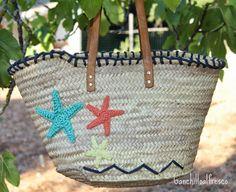 Hoy os quiero enseñar el capazo o cesta que me hice a principios de verano. Era una entrada que tenía pendiente, y aunque por aquí seguimos ...
