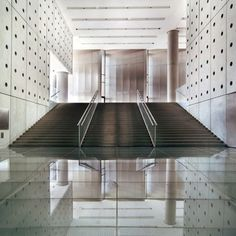 New Acropolis Museum by Bernard Tschumi Architects.