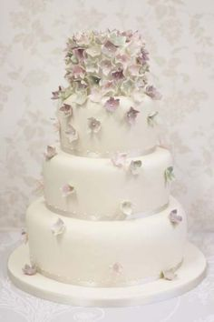 April Hydrangea Wedding Cake | Wedding Cake