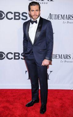 Jake Gyllenhaal in a midnight blue tuxedo at the 2013 Tony Awards