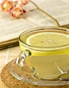 Spiced Lemon Water We've probably all heard of the warm water with lemon trick… - Health Detox Detox Drinks, Healthy Drinks, Get Healthy, Healthy Tips, Healthy Snacks, Health And Beauty, Health And Wellness, Health Fitness, Ginger Tea Bags