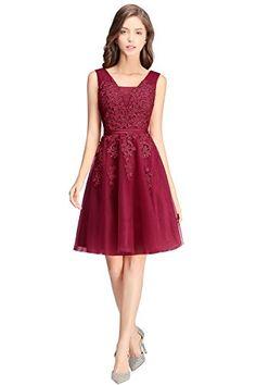 Knielanges Kleid aus Tüll mit genähte Spitze Aqqlique. Gefüttert Wenn Sie das Kleid wie gebildet ausiehen möchtan, tragen Sie bitte dazu bitte noch einen Unterrock. V-Ausschnitt, eingenäht BH, Applique, Tüllrock
