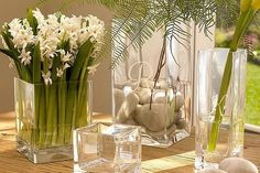 Decorating with glass vases