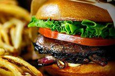 Omaha Beach, Hamburger, Ethnic Recipes, Food, Recipes, Kitchens, Essen, Burgers, Meals