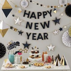 New Year Eve Party Decorations Ideas Easy DIY 11 New Year Eve Party Decorations Ideas Easy New Year Eve Party Decorations Ideas Easy DIY, Party Banners Home & Garden New Year's Party Garland in Party Décor New Years Eve Decorations, Party Table Decorations, Table Party, Easy Decorations, Table Centerpieces, Kids New Years Eve, New Years Party, Deco Nouvel An, Party Girlande