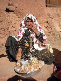 The Seller, Abyaneh, Iran