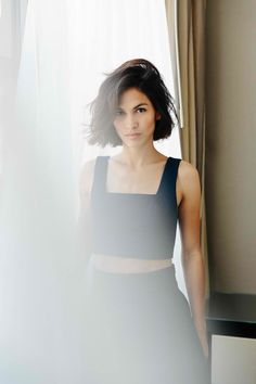 Picture of Elodie Yung Elodie Yung, Black Dress Red Carpet, Female Fighter, Oui Oui, Pure Beauty, Girl Crushes, Hollywood Actresses, Pretty People, Cairo
