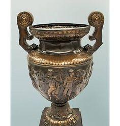 #Vase #Deko #Schirmständer #Blumentopf aus Bronze - Außergewöhnliche Dekoration für Haus und Garten
