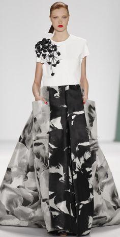 //Carolina Herrera Spring/Summer 2015 #fashion #womenswear #runway