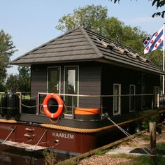 Houseboat to rent Terherne FRIESLAND.