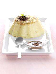 Mandelpudding mit Schokoladensauce   Kalorien: 411 Kcal - Zeit: 40 Min.   http://eatsmarter.de/rezepte/mandelpudding-mit-schokoladensauce