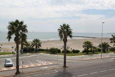 Venta de Adosado en GRAO DE CASTELLON. Estado:A Estrenar zona:ZONA PLAYA DEL GURUGÚ Precio: 370000 € Referencia:V-0350