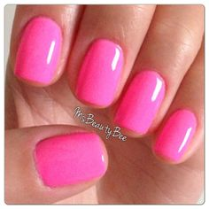 Color used: Gelish - Make You Blink Pink. All about the glow collection. Pink Stiletto Nails, Neon Pink Nails, Pink Nail Colors, Gelish Colours, Chic Nails, Fun Nails, Pretty Nails, Gelish Nails, Gel Manicures