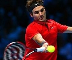 Roger Federer Defeats Murray to Qualify for London Semi-Finals