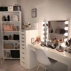 Dressing Table Hacks, Built In Dressing Table, Dressing Table Organisation, Dressing Table Mirror, Dressing Table Decor, Makeup Dressing Table, Teenage Room Decor, Teen Decor, Hemnes