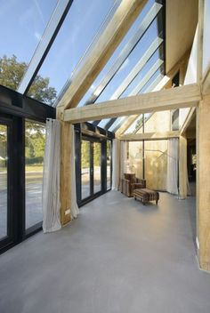 nice timber and glass for this conservatory Pole Barn House Plans, Pole Barn Homes, Smart Home Design, Modern Interior Design, Architecture Details, Interior Architecture, Glass House, Atrium, Future House
