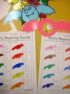 Kindergarten Smiles: Bats and a little Freebie!!