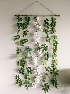 DIY Floral Garland is part of Diy room decor - Flowers just have this special way of making you feel happy, and brightening up a room It's fairly easy to have them in the summer when flowers are in abundance, but not so easy in the depth… Mural Floral, Floral Wall, Floral Room, Floral Bedroom Decor, Aesthetic Room Decor, Floral Garland, Paper Flower Garlands, Greenery Garland, Floral Backdrop