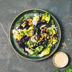 Uunipaahdettu salaatti | Meillä kotona Cobb Salad, Ethnic Recipes, Food, Eten, Meals, Diet