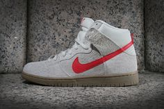Nike SB Dunk High Pro Birch/Hyper Red #sneaker #nike #SB #Dunk #dunkhighpro #birchhyper #red