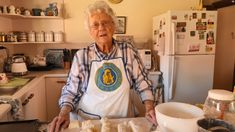 CWA lemonade scone recipe with just three ingredients sends baker Muriel Halsted viral - ABC News Baking Scones, Bread Baking, 3 Ingredient Scones, Scones And Jam, Baking Videos, Cold Cream, Baking Recipes, Scone Recipes, Bread Recipes