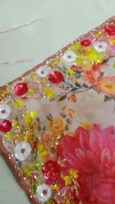 Bridal Lehenga Online, Bridal Silk Saree, Saree Wedding, Saree Embroidery Design, Bead Embroidery Patterns, Beaded Embroidery, Indian Bridal Makeup, Indian Bridal Outfits, Indian Dresses