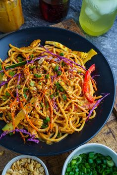 Cold Sesame Noodles Recipe : A cool noodle salad in a tasty and spicy sesame and peanut dressing! Sesame Noodle Salad, Cold Sesame Noodles, Thai Noodle Salad, Cold Noodles, Asian Cold Noodle Salad, Seasame Noodles, Sesame Peanut Noodles, Noodle Dish, Vegetarian Recipes