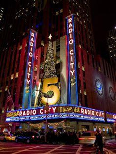 WorkOnlineWithUs: Vill du åka till New York, upplev 4-STJÄRNIG MUSIK...
