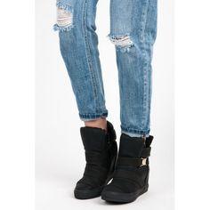 Dámské boty se skrytým klínkem Kayla Veleta černé – černá Ani tenisky, ani kozačky! Ale naprosto dokonalé boty, které mají skrytý klín, takže zůstanete v pohodlí, ale zároveň si přidáte pár centimetrů. Boty se zapínají …