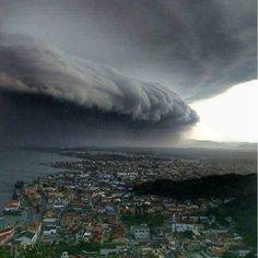 Incredible shot came from Laguna, Santa Catarina (Brazil) on October 16, 2016! source: ©Renato Dias