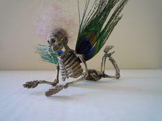 skull table decor   Christmas, Christmas ornament, Halloween, decoration, skull, skeleton ...