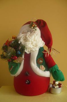 .santa doll christmas Felt Christmas, Christmas Stockings, Christmas Crafts, Christmas Ornaments, Diy Projects Handmade, Santa Doll, Christmas Yard Decorations, Felt Crafts, Christmas Pictures