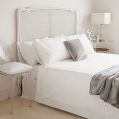 EMBROIDERED GEOMETRIC EGYPTIAN PERCALE BED LINEN - Bedroom - Collection - New Hotel Collection | Zara Home United Kingdom
