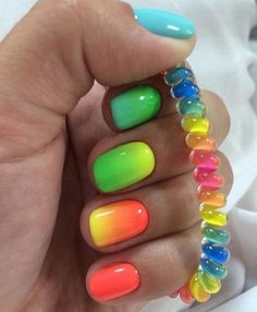 Accurate nails, Bright summer nails, Color transition nails, Everyday nails, Ideas of gradient nails, Manicure by summer dress, Oval nails, Spectacular nails