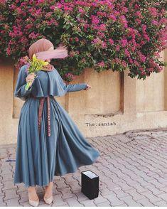 Fashion Tips Moda .Fashion Tips Moda Hijab Fashion Summer, Modern Hijab Fashion, Islamic Fashion, Muslim Fashion, Modest Fashion, Fashion Outfits, Fashion Boots, Fashion Ideas, Swag Fashion