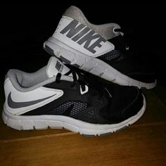 Nike training In good conditions size 5y Nike Shoes Athletic Shoes