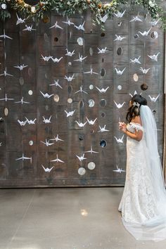 Modern Chicago Spring Wedding Modern wedding ceremony decor idea – unique wedding ceremony backdrop – hanging origami cranes and mirrors {Dawn E. Origami Wedding, Floral Backdrop, Backdrop Ideas, Paper Backdrop, Wedding Ceremony Decorations, Wedding Backdrops, Wedding Decor On A Budget, Wedding Theme Ideas Unique, Modern Wedding Decorations