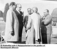Original Photos of Dr Ambedkar B R Ambedkar, Rare Historical Photos, Old Pictures, Buddhism, Caravan, Vintage Photos, Worship, Revolution