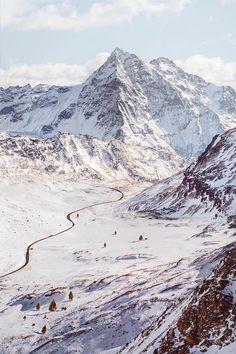 "banshy: "" Swiss Alps // Simone Bramante """