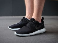 Roshe Embroidery511881 095 Nike Roshe Run Black Black White Mens