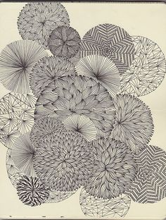 spirograph artwork looks like zentangle. Zentangle Patterns, Zentangles, Pattern Floral, Flower Patterns, Motif Floral, White Patterns, Pattern Design, Muster Tattoos, Art Graphique