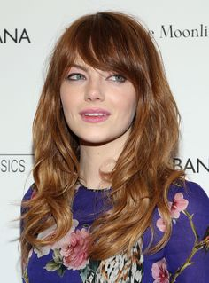 Emma Stone's coppery-red hair has dimension-boosting highlights that brighten her face and balance the bluntness of her haircut. // #Hair
