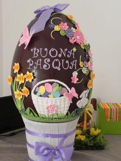 giant easter egg uovo pasqua