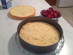 ΜΑΓΕΙΡΙΚΗ ΚΑΙ ΣΥΝΤΑΓΕΣ: Λαχταριστή τούρτα!! Oatmeal, Breakfast, Blog, The Oatmeal, Morning Coffee, Rolled Oats, Blogging, Overnight Oatmeal